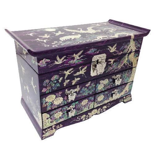 Mother-of-Pearl Lacquerware Jewerly Box | mother-of-pearl, Korean traditional craft, Jewerly Box,