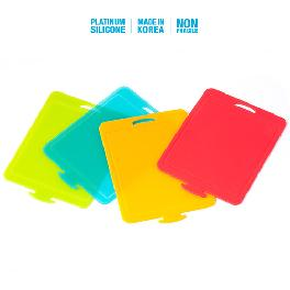 Chopping Board 4 colors made of silicone have -40℃~250℃ heat resistance made in Korea