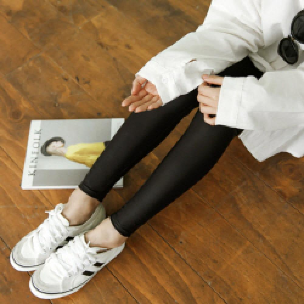 ★SHINING LEATHER LEGGINGS★ clothes
