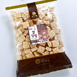Hojeongga Rice Gangjeong (Sweet Crackers with Rice Puffs) 500g