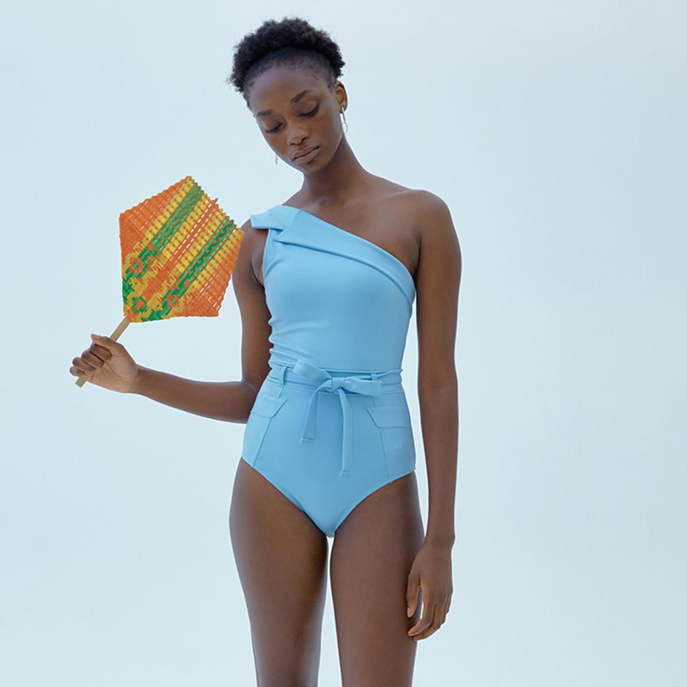 QUA VINO high-quality womens swimwear brings fun & joy in a vacation with a careful and elegant