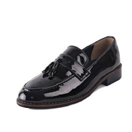 Enamel Height-elevating Tassel Loafer