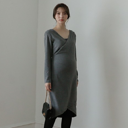 Elegant Stretchy Dress (maternity clothing) | dress, one-piece, basic, maternity, pregnant, rapped skirt
