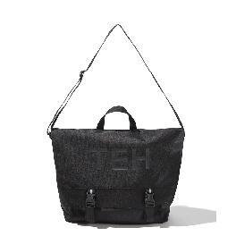 [THE EARTH] TEH MESSENGER BAG (BLACK)