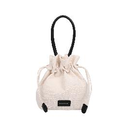 "Lightweight and breathable in the form of a bucket type of bag ""BORI"""